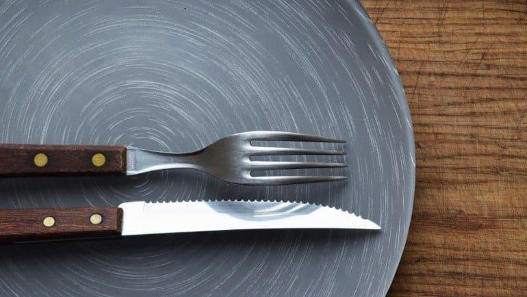 Steakbesteck Teller