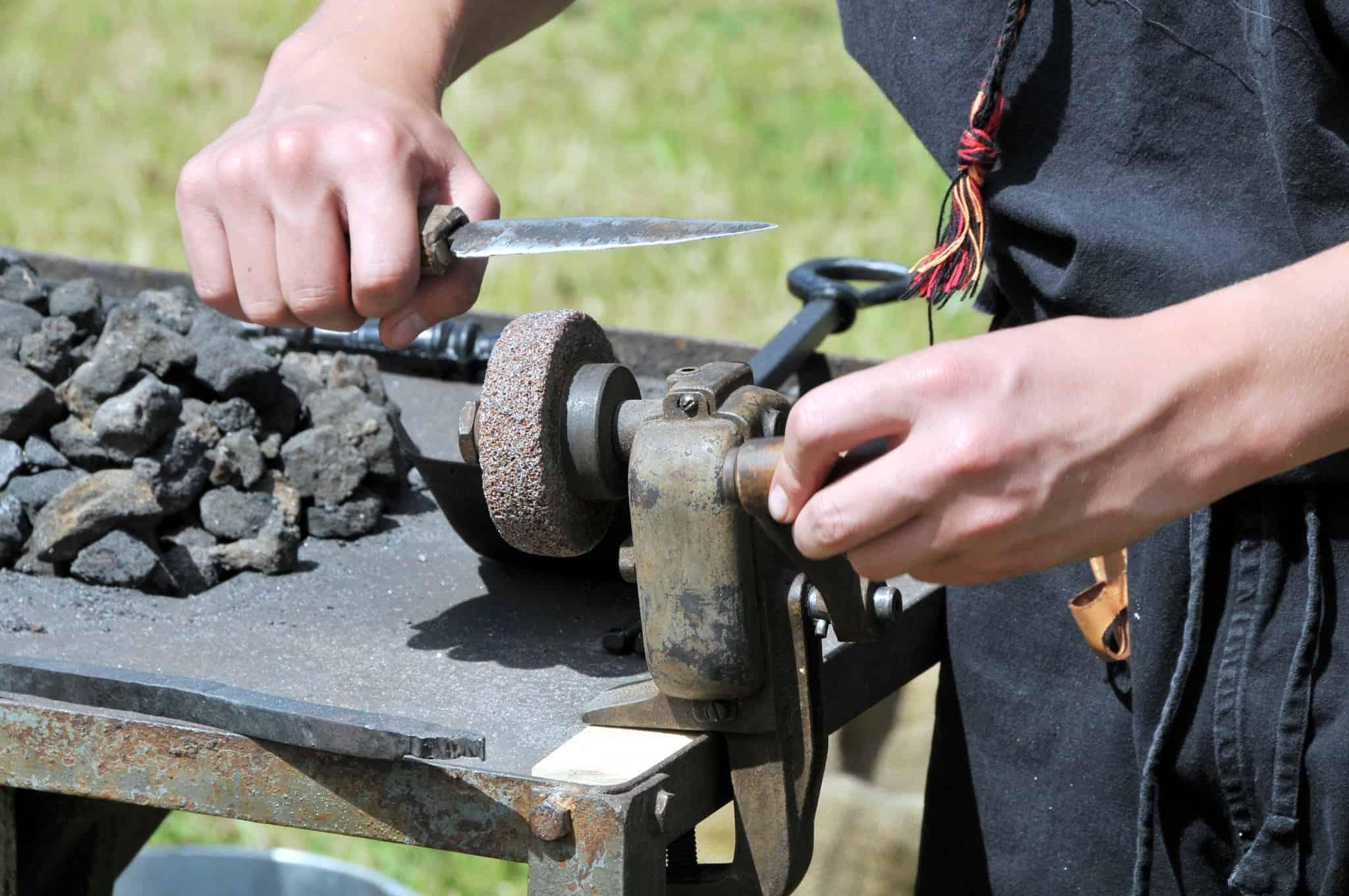 Messerschleifmaschine: Test & Empfehlungen (08/20)